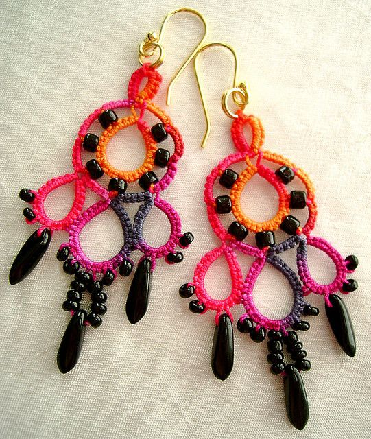 Tatted earrings in my own hand dyed 6-cord cotton crochet thread size 20, with black glass beads. My original design! My pattern is shared on my blog yarnplayertats.blogspot.com/