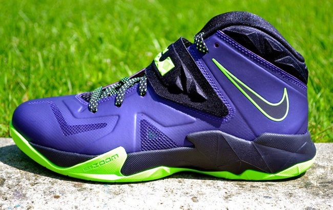 1cba694be80 Nike Zoom Soldier 7 – Court Purple   Blueprint – Flash Lime