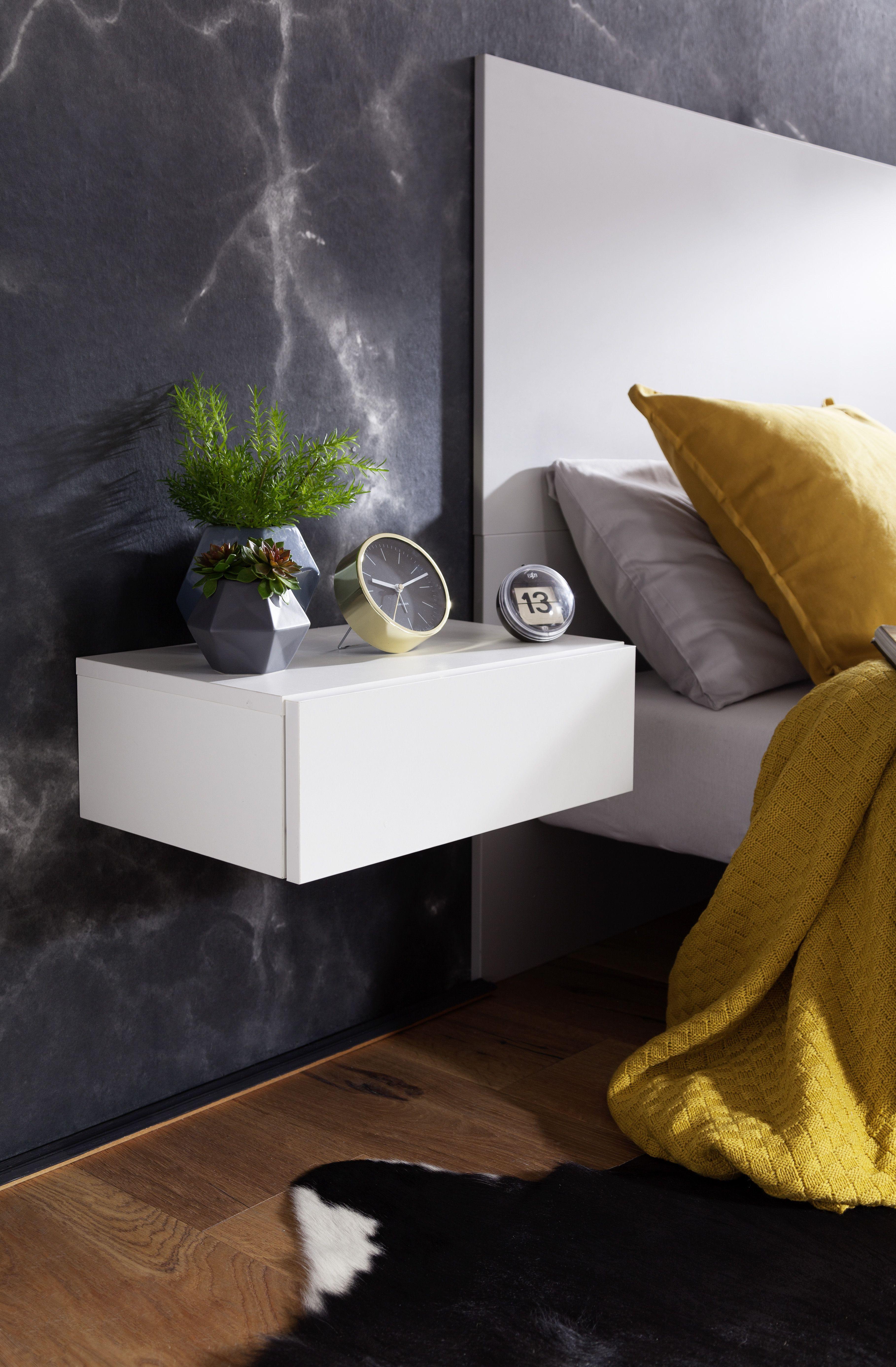 Pin von mariyah auf Schlafzimmer in 2020 Nachttisch holz