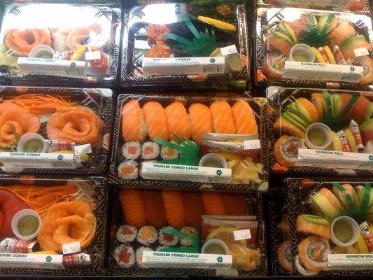 Whole Foods Sushi: Hawaiian Roll; Avocado, Roasted Pepper ...