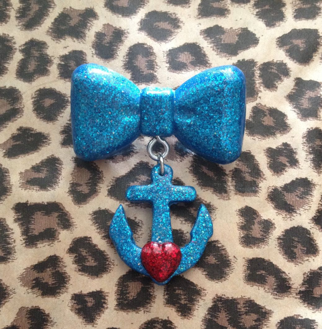 Bow & Anchor Heart Brooch-Turquoise Glitter by RetroKittenDesigns on Etsy