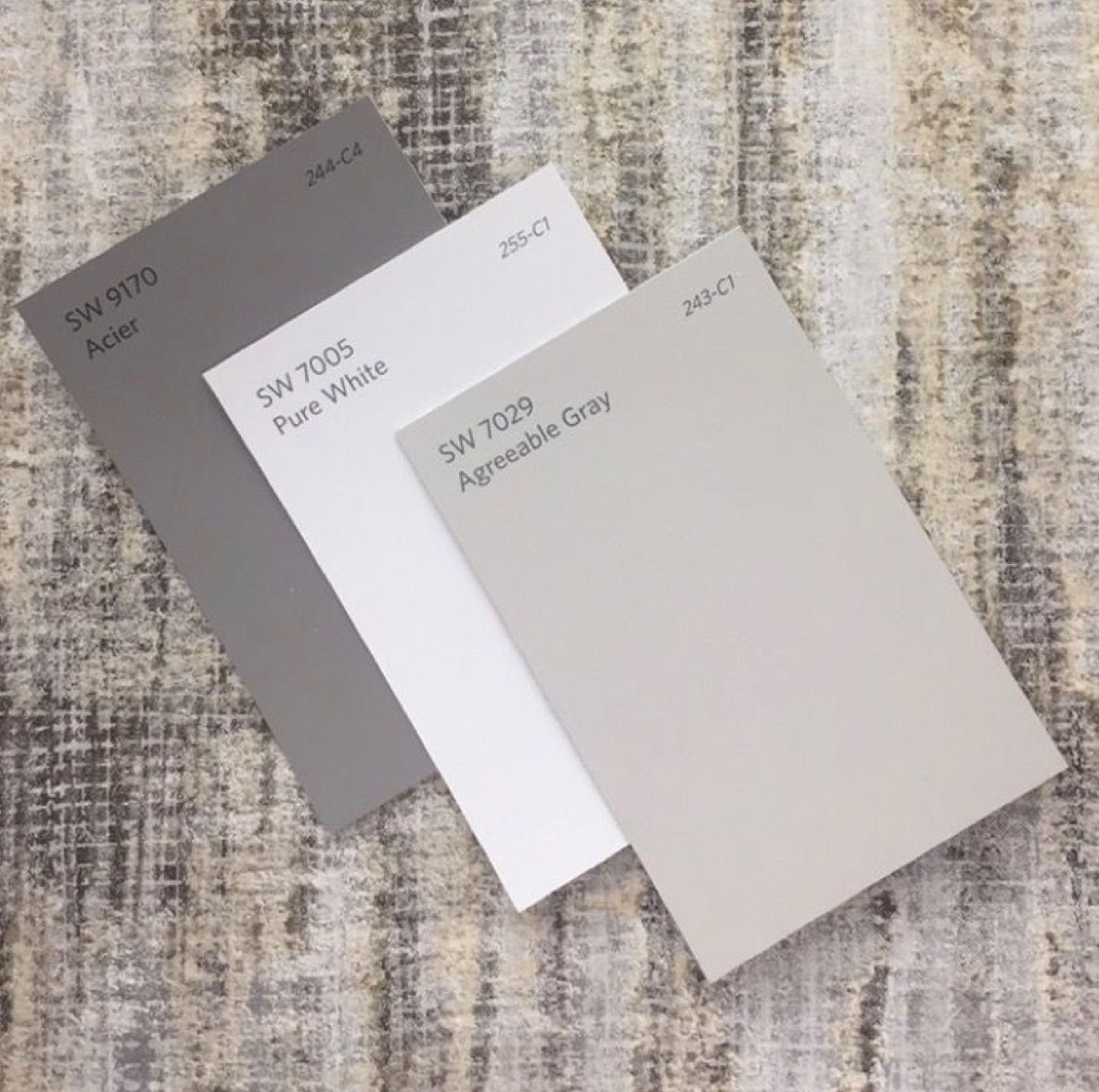 Sherwin Williams | Acier - Pure White - Agreeable Gray #sherwinwilliamsagreeablegray