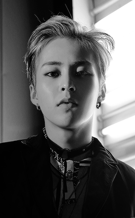 exo lotto digital booklet ---- 2016---xiumin