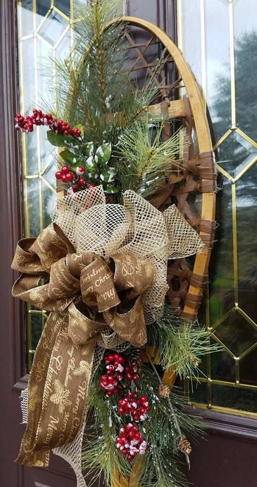 Snowshoe Door Hanger Roses In The Hedgerow Cabin Christmas Mantels Rustic