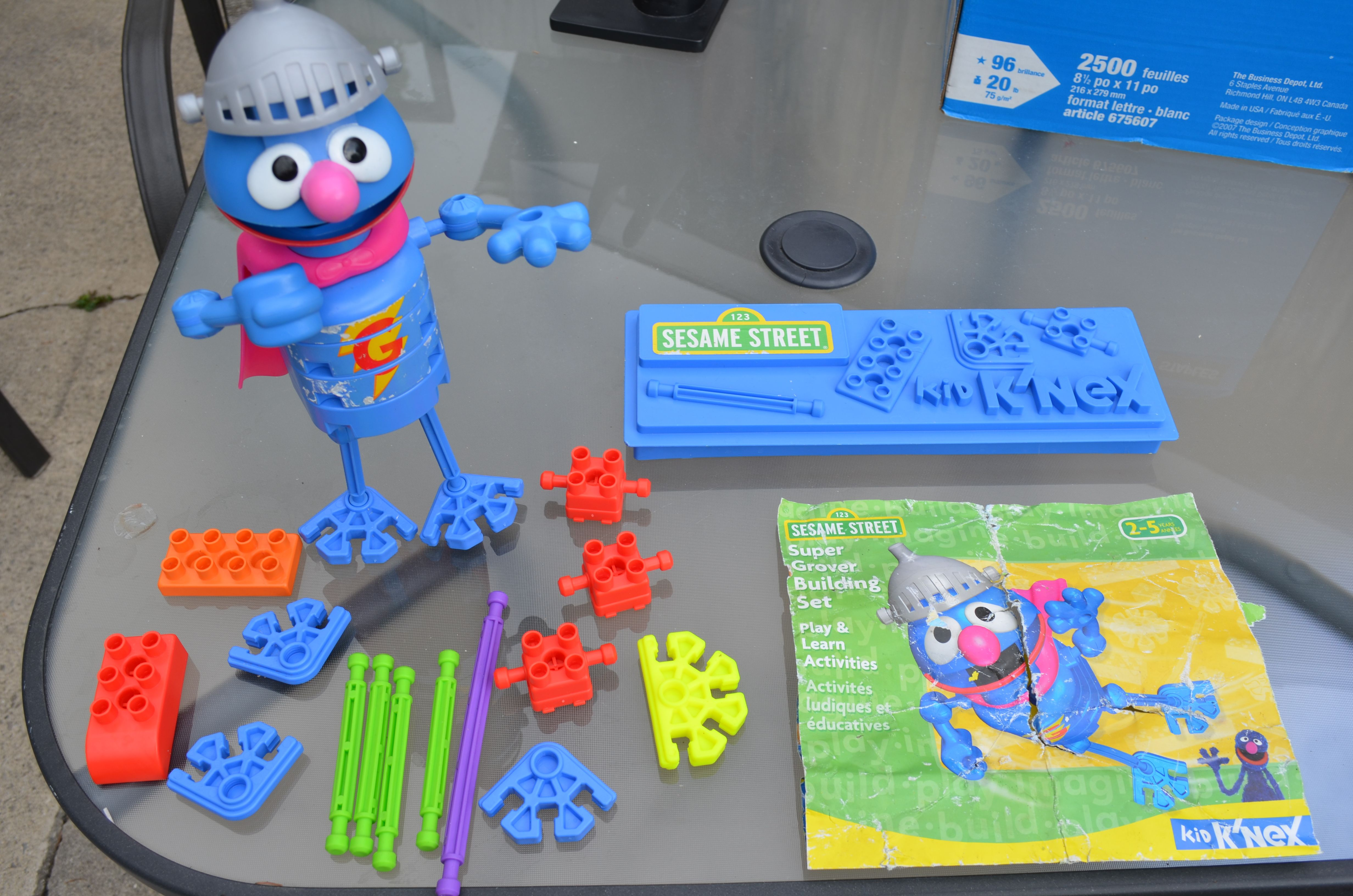 Sesame Street Super Grover Kid K Nex No Box 15