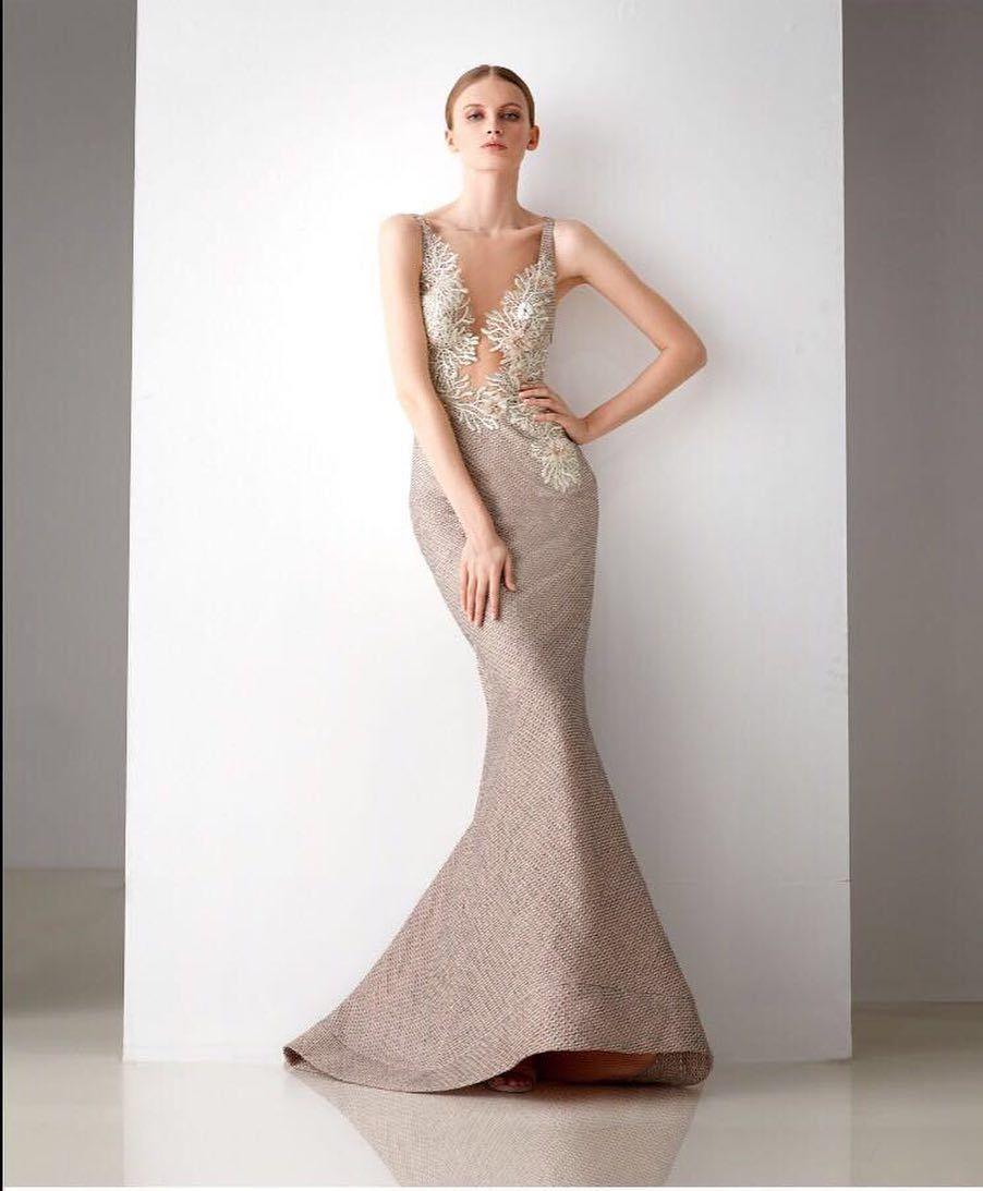 Simple Wedding Dress For Godmother: Simple Y Perfecta 👌🏻 #bianconoviasgt #guatemala #wedding