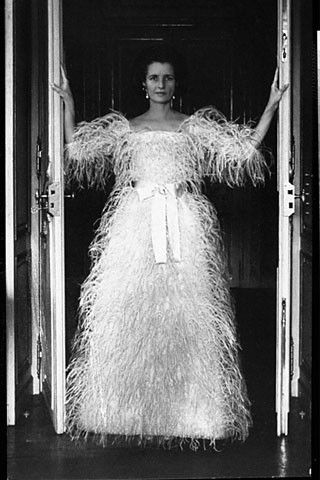Jayne Wrightsman wearing a Balenciaga evening dress. Photographed by Cecil Beaton for Vogue, 1966.