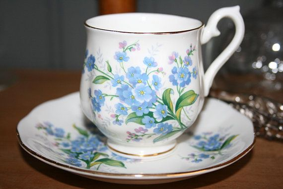 Royal Albert Servies Blauw.Royal Albert Small Coffee Cup Forget Me Nots Blue In