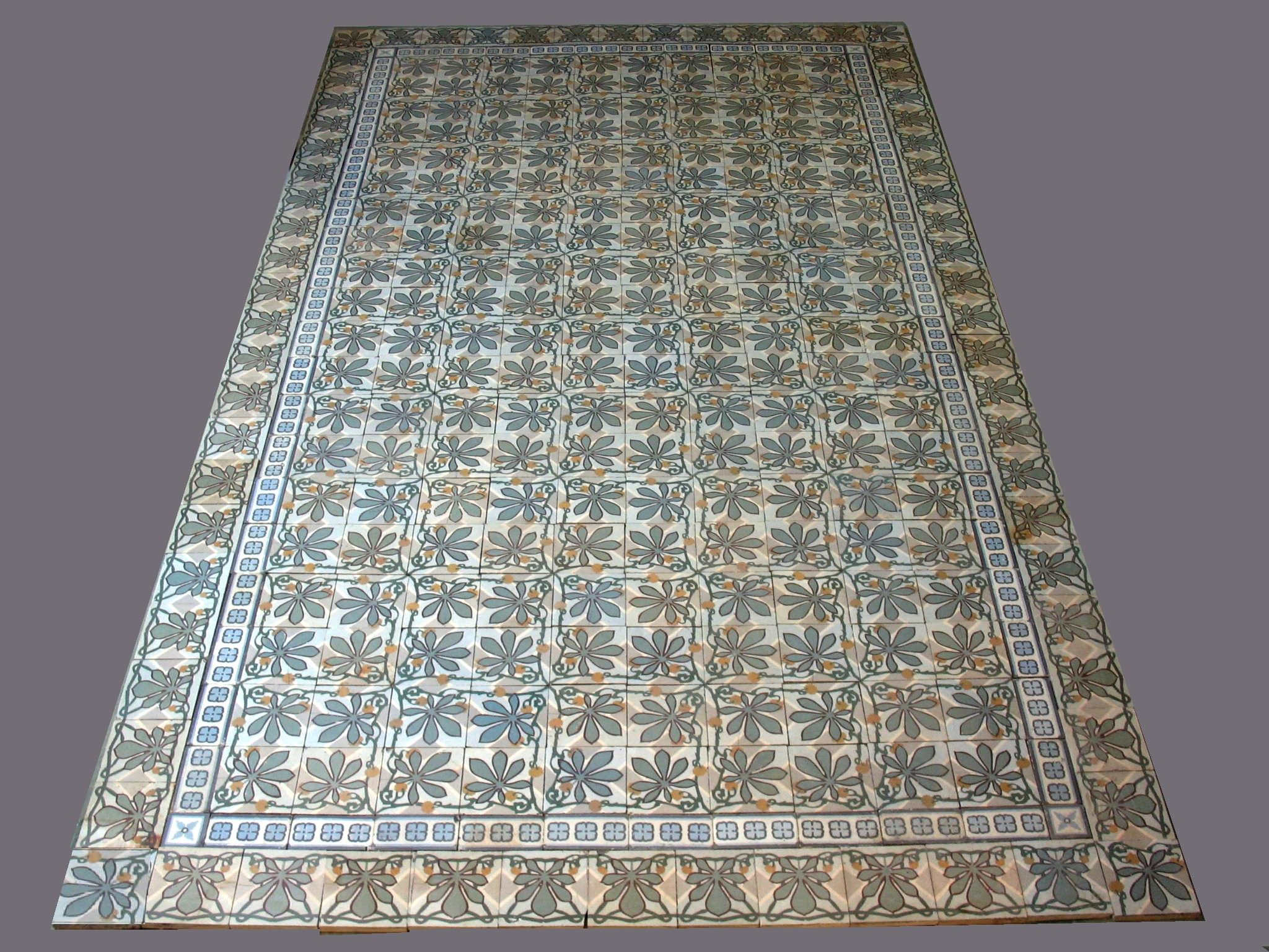 french tiles douzies maubeuge tapis carrelage ancien ceramique art deco vers 1900 feuilles de. Black Bedroom Furniture Sets. Home Design Ideas