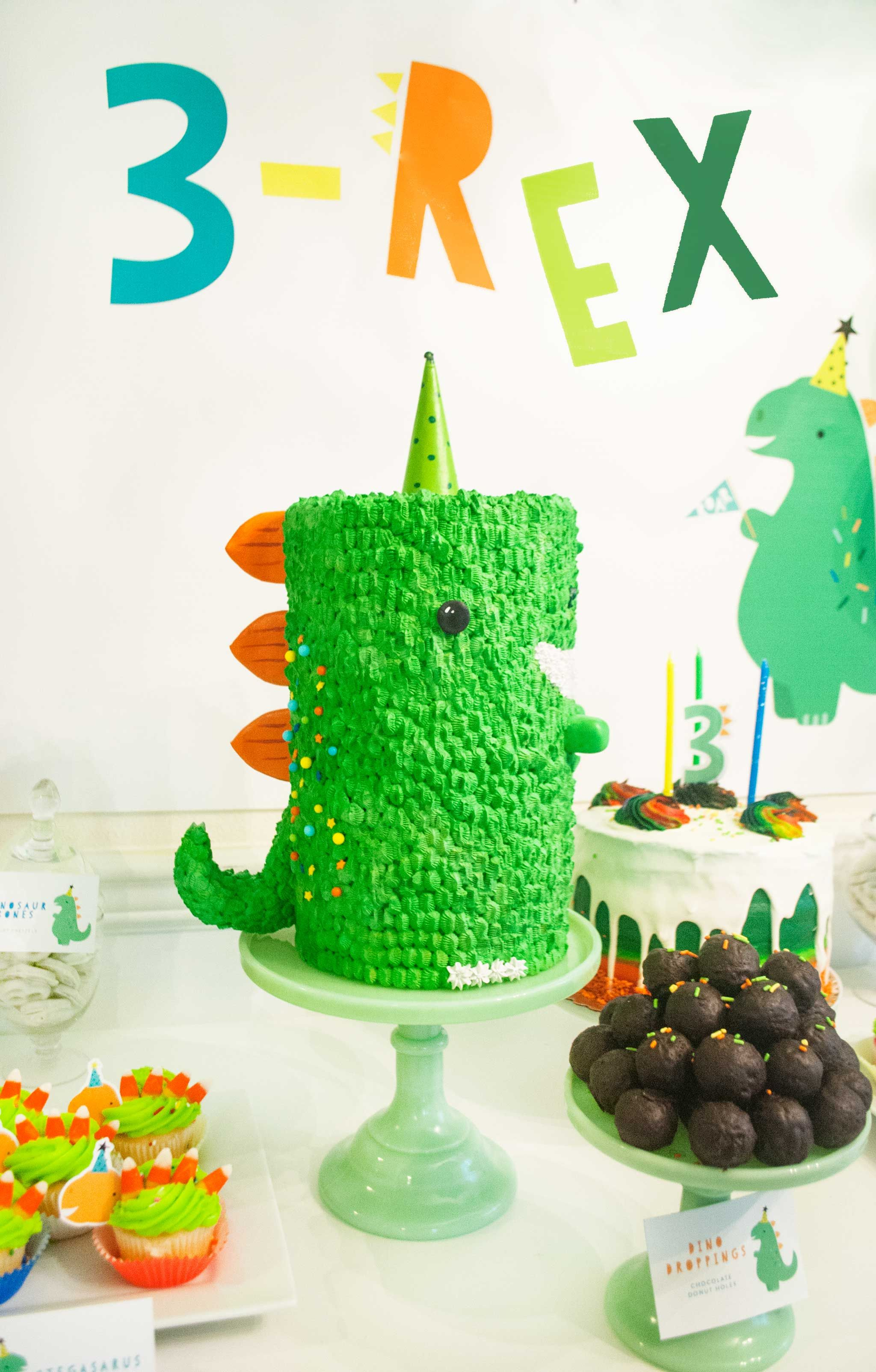 This 3 Rex Birthday Party Is A Roaring Good Time