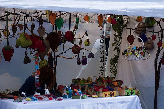 Dia de la Tierra  www.disparodiario.com  #arco de triunfo # feria #fair #earth #barcelona