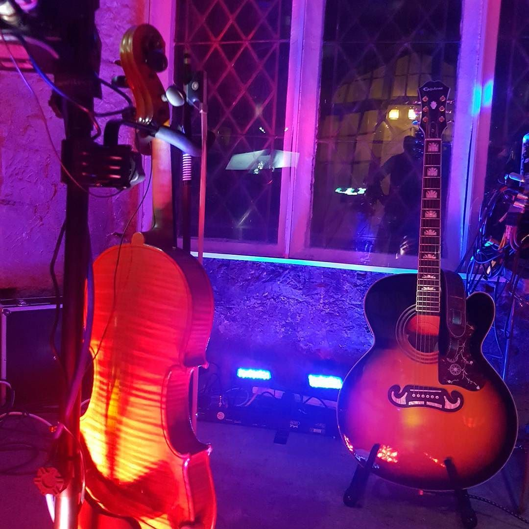Scottish Fiddle And Guitar Craufurdland Estate Ayrshire Scotland Castles Wedding Ceilidh