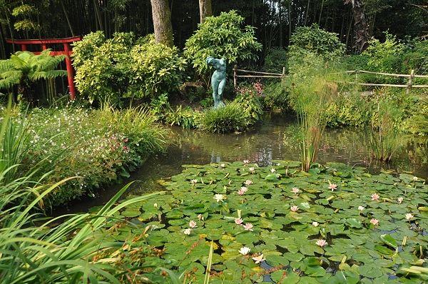 Im Botanischen Garten Von Andre Heller Gardone Riviera Gardasee Hat Botanischer Garten Reisen Garten