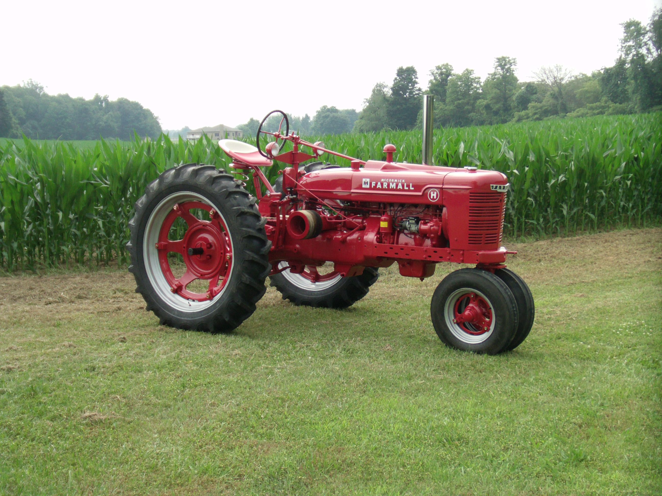 The restoration of this Farmall H antique tractor is complete. Description  from srstractor.com. I searched for this on bing.com/images