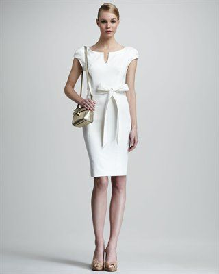 sheath dress. so simple yet so classy and elegant. job interview material for sureee