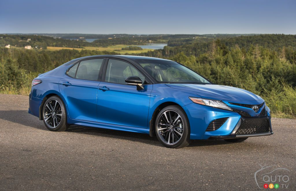 2018 Toyota Camry Review, pricing and specifications