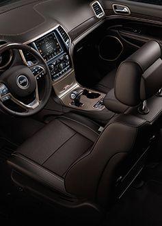 2014 Jeep Grand Cherokee interior
