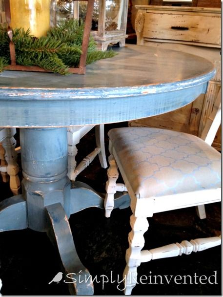 love the look of this table surround with mismatched chairs rh pinterest com