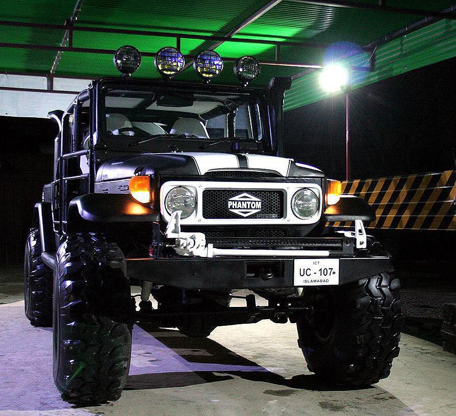 The Biggest Tires In Pakistan 231550 Land cruiser