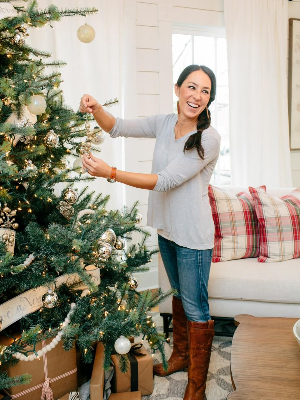 A Chip and Joanna Holiday Photo Album | Holidays, Album and ...