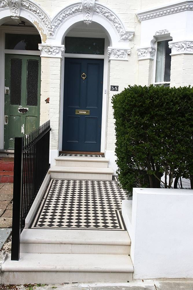 Victorian Style Black And White Tiled Pathway Leading From Stone Steps Through Front Garden In London Victorian Front Garden Front Garden Front Garden Design