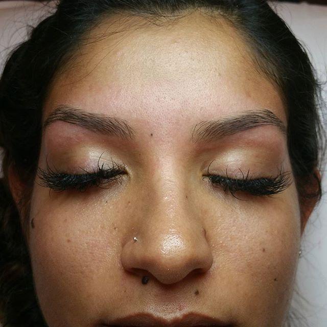 Gabz0408 Has The Most Amazing Eyebrows Eyebrow Waxes Are 12