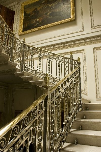 Opulent Stately Home With Fantastic Staircase English Interior Design Classical Interior Design Staircase