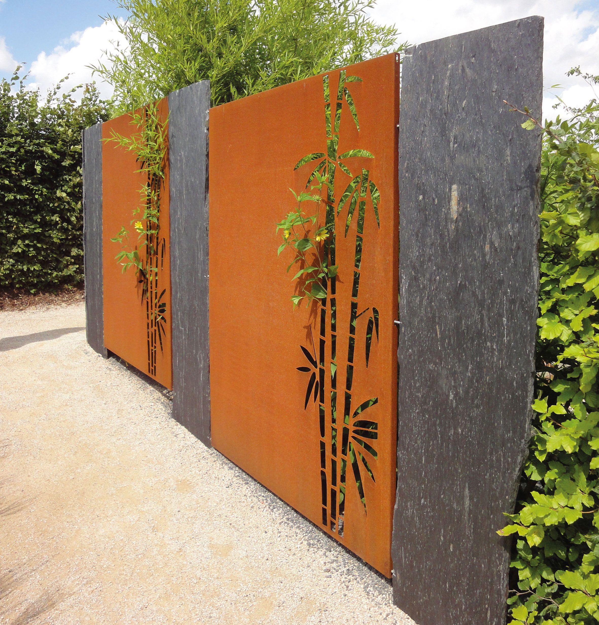 Sichtschutzwand Aus Cortenstahl Mit Motiv Schiefer Stele Sichtschutz Garten Garten Design Sichtschutz Garten Bambus