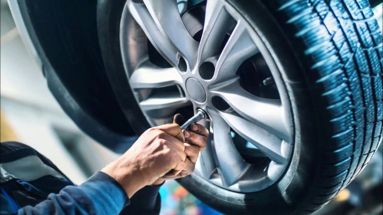 Mobile Tire Replacement Services And Cost In Las Vegas Nv Aone Mobile Reifenwechsel Kleinwagen Ganzjahresreifen