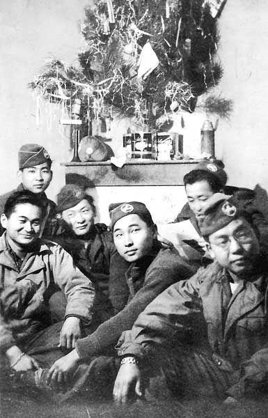 Nisei - Christmas WWII