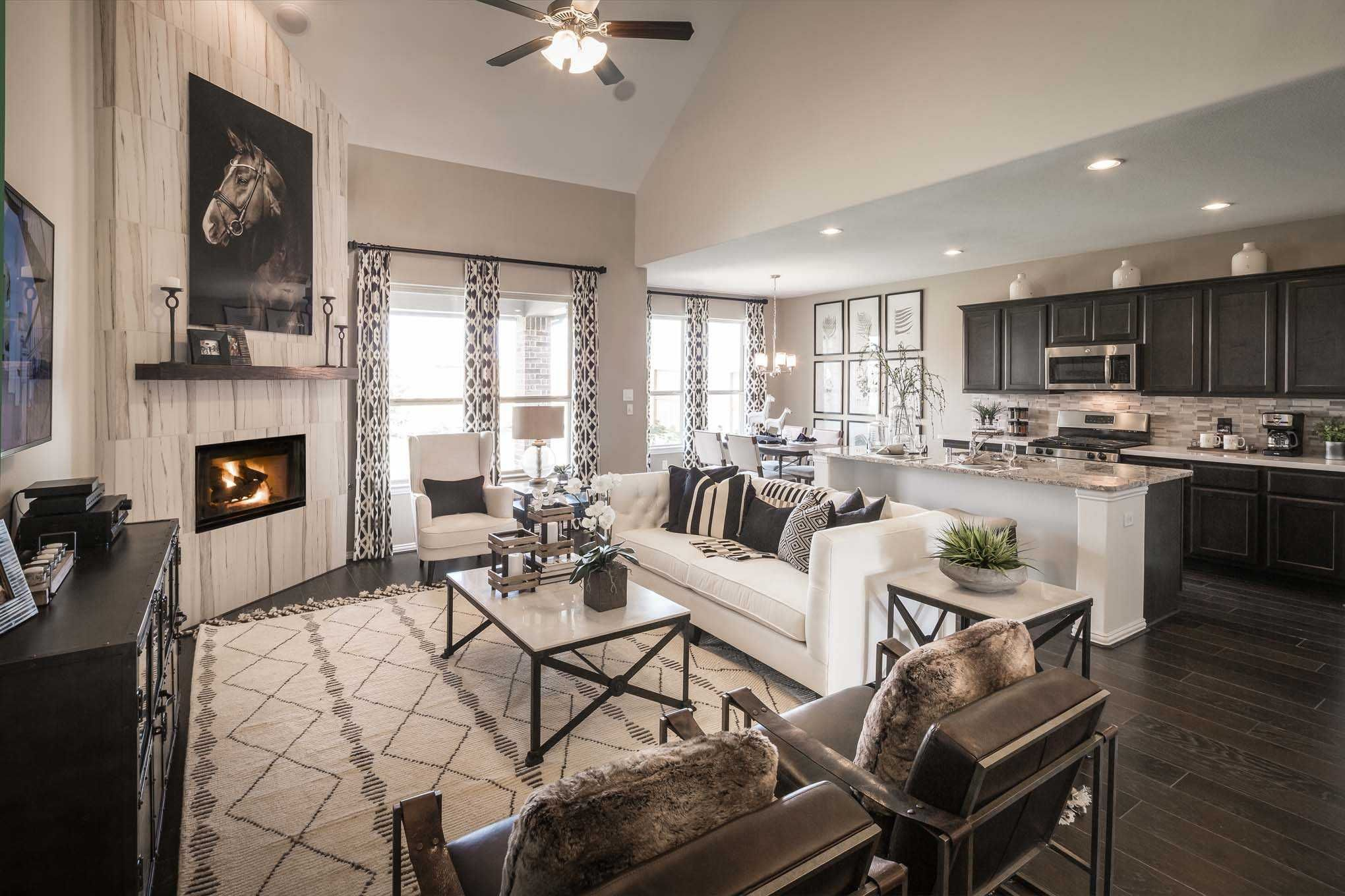 Highland Homes Richmond Model Home in Houston