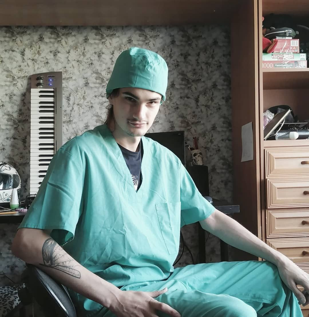 #tattooed #tattoo #graphictattoo #surgeon #cosplay #inkedupguys