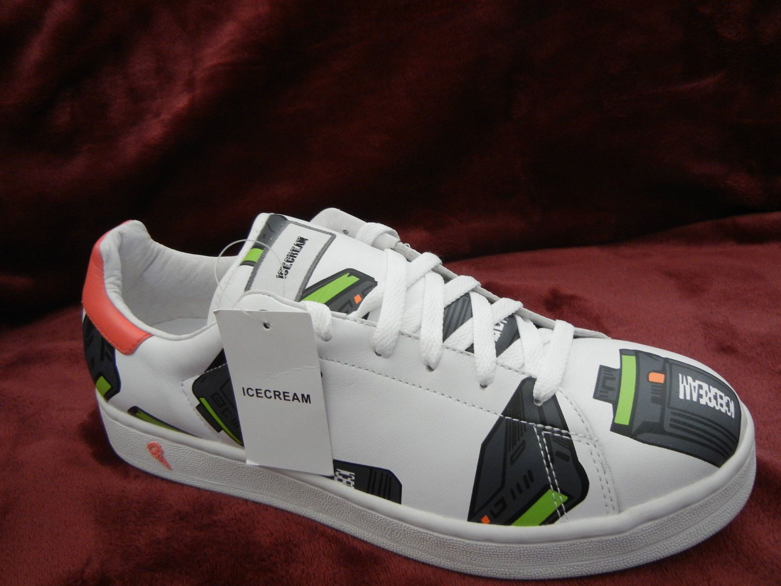 c2a3fe6aee44 Reebok Ice Cream  BEEPER FLAVOR size 10.5 Pharrell BBC white Pager sneakers  DS