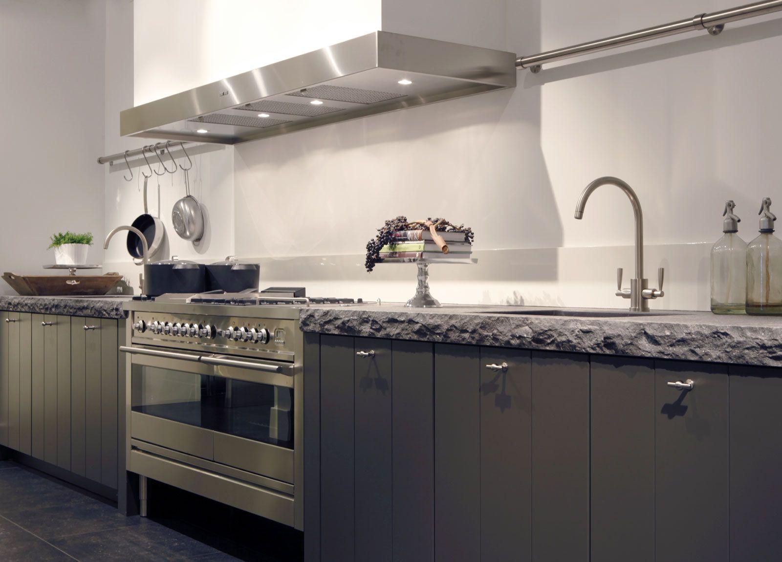 Keuken Van Antraciet : Landelijke keuken in antraciet woon ideeen keuken keuken