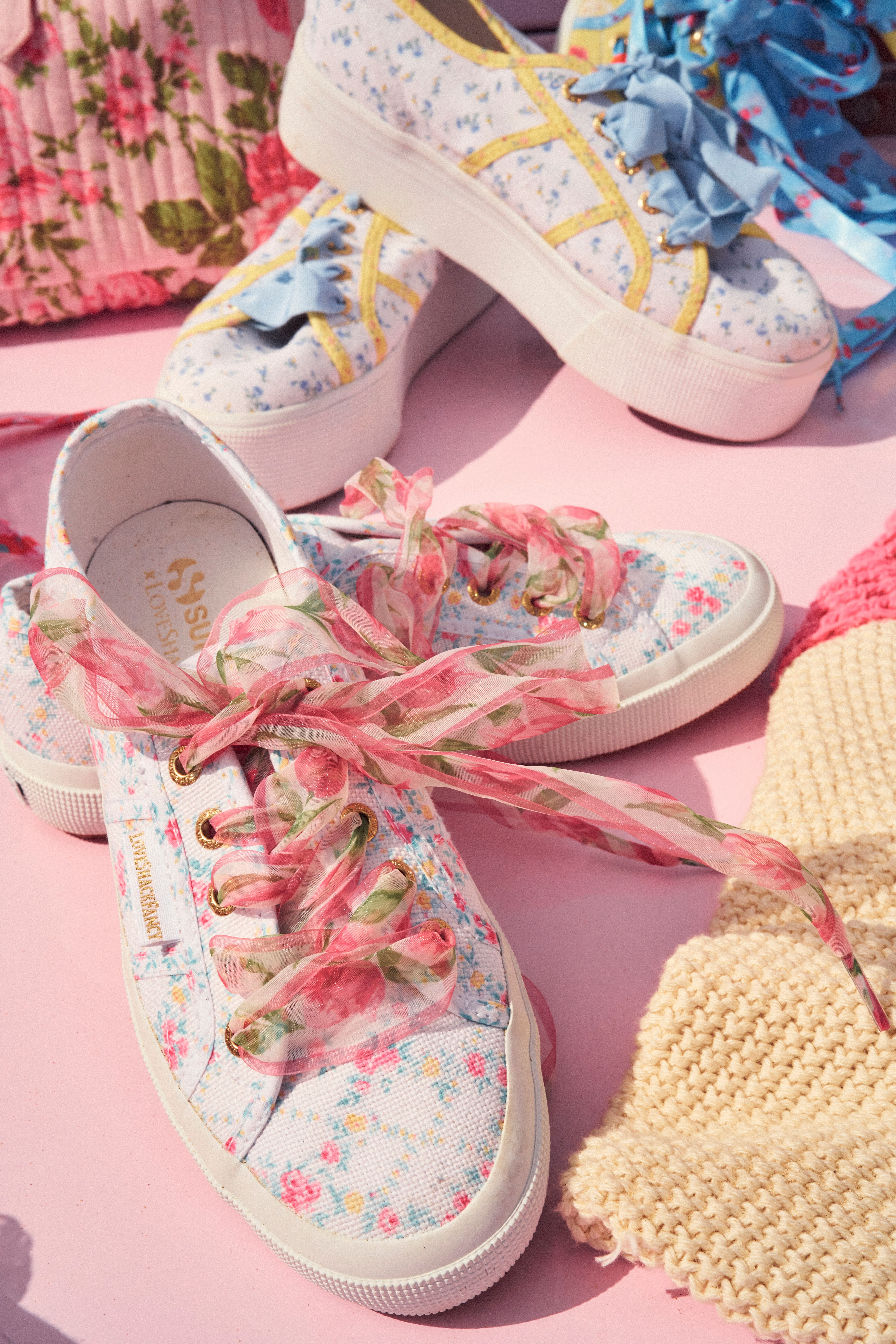 Classic sneakers, Adidas shoes women