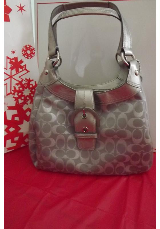 NWT Coach Gray Silver Soho Metallic Signature Hobo Purse Bag Style F18911 $164.99