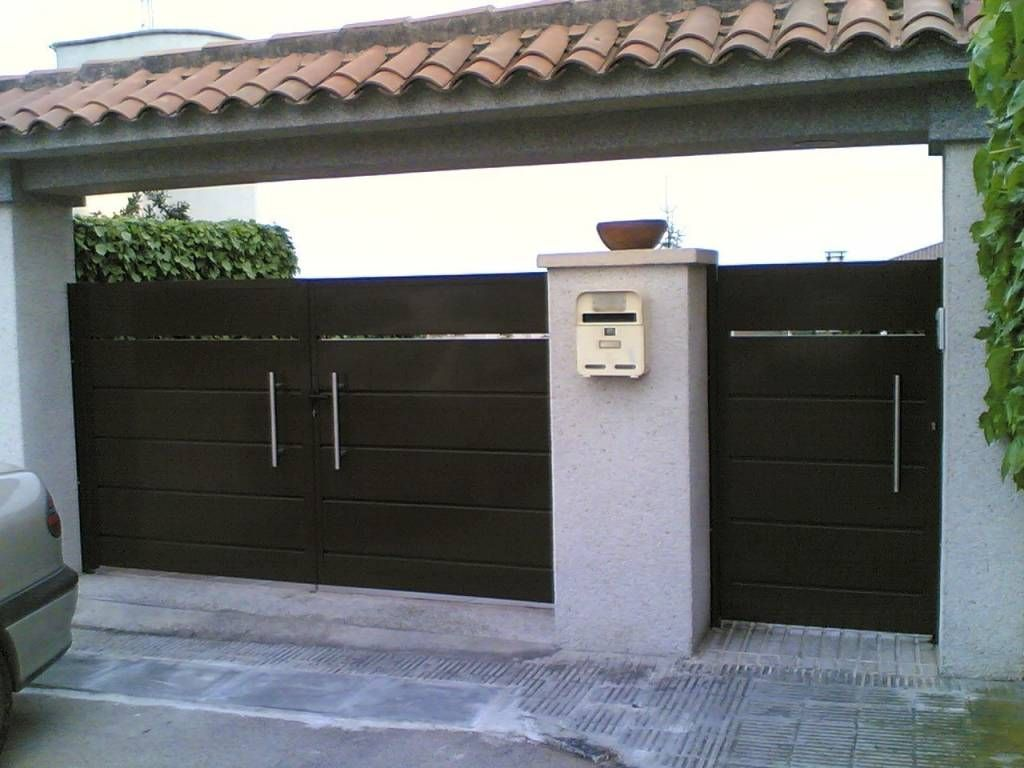 14 Portones Para Una Fachada Espectacular Imagenes De Puertas  ~ Puertas Hierro Exterior Fachadas