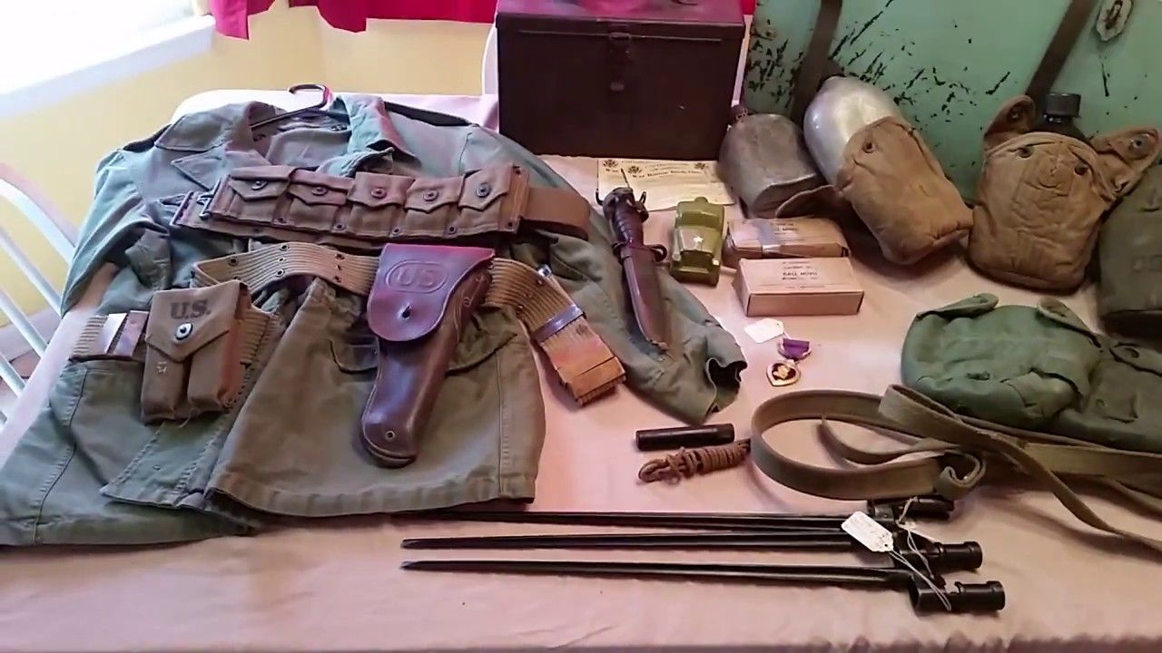 WW2 military collectables   men in uniform   Military, Men in