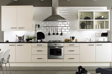 Are you looking for sleek, stylish tiles for your kitchen, laundry or  bathroom? Have you considered subway tiles?