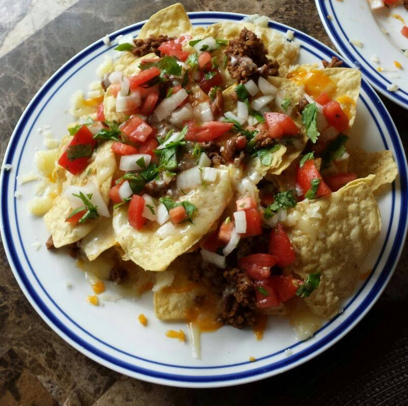 The Pioneer Woman Loaded Nachos --- Deliciousness