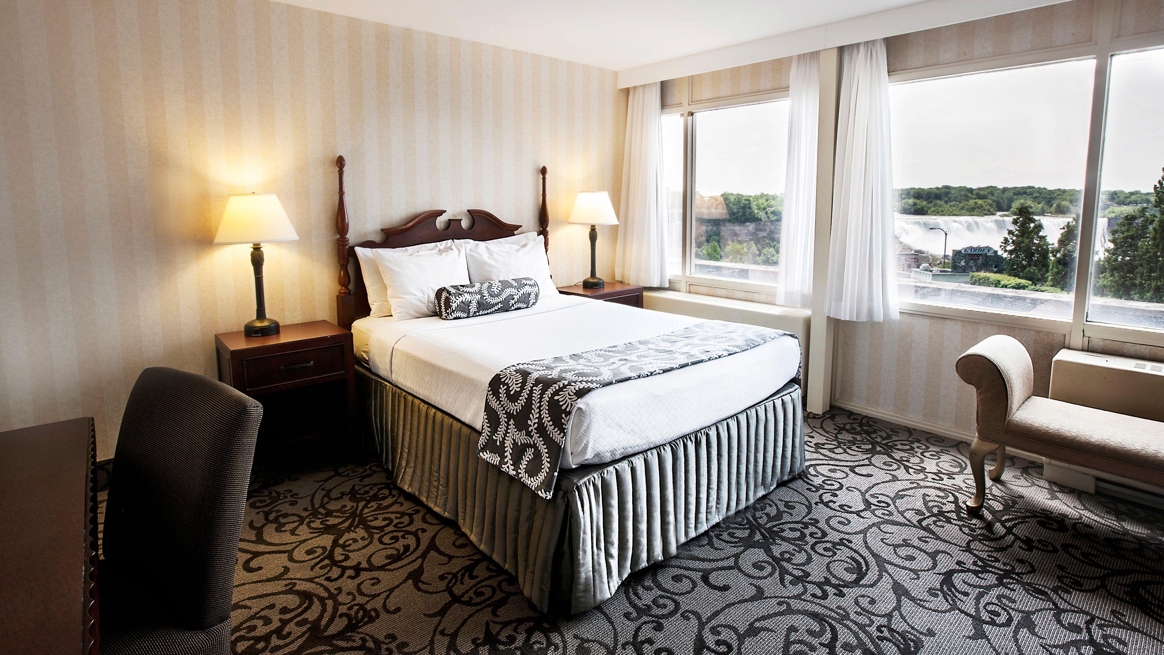 two bedroom fallsview room crowne plaza niagara falls fallsview