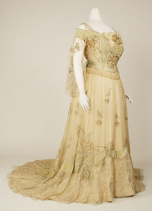 vintage gowns MET   Found on ornamentedbeing.tumblr.com   PAST ...