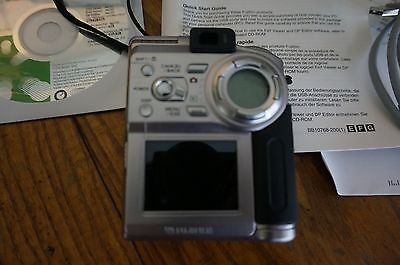 Fujifilm FinePix 4700 Zoom Digital Camera - Silver  Vintage  https://t.co/nyRYOnfP6Y https://t.co/jVh98b1Tfh
