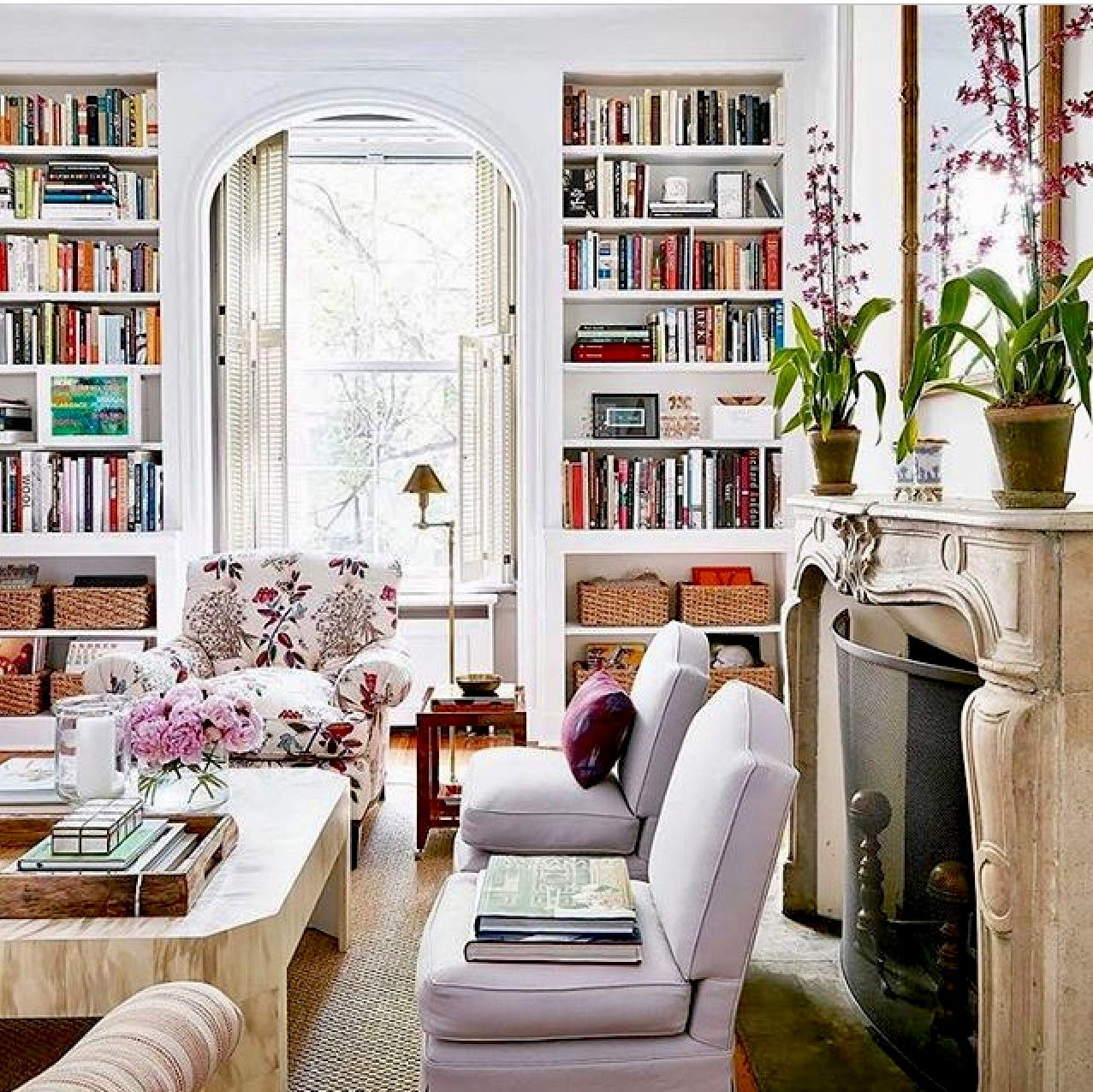 51 Modern Living Room Design From Talented Architects: Image Via @atelier_vignette On Instagram