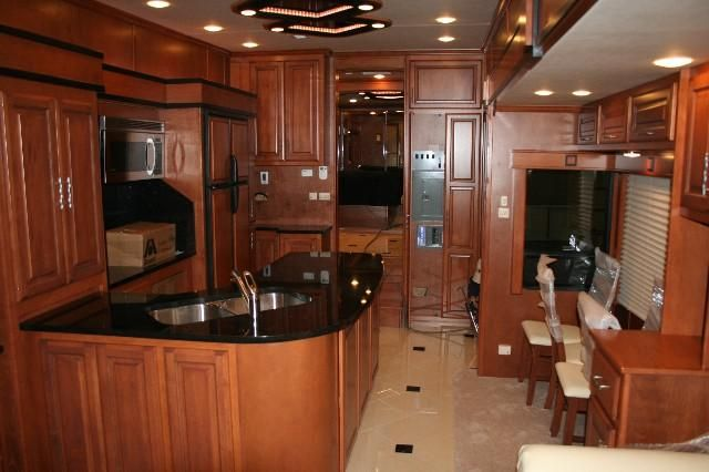 Continental Coach Custom Luxury 5th Wheels And Travel