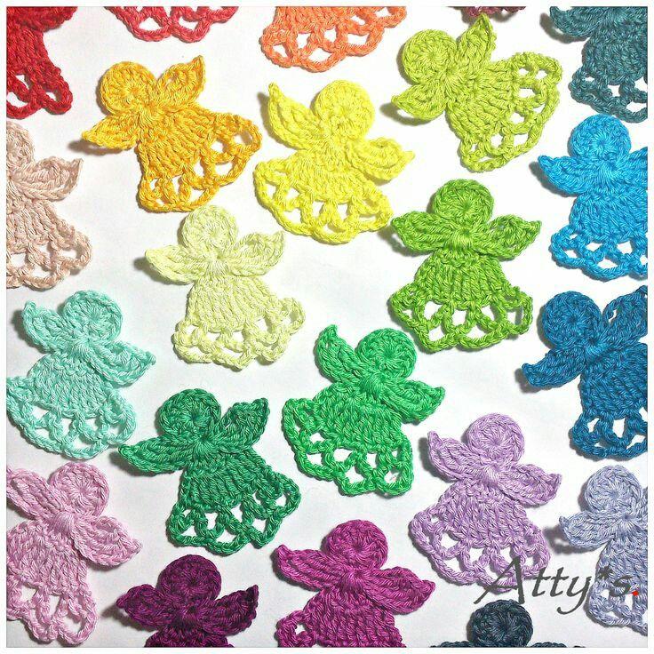 Crochet Christmas Angels A free christmassy pattern via Attys. Link below. Source: http://ift.tt/2gy9Abu