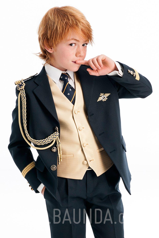 f77bd61d0 Traje de almirante con dorado para niño 2018 Varones 2044. Almirante  comunión con chaleco dorado