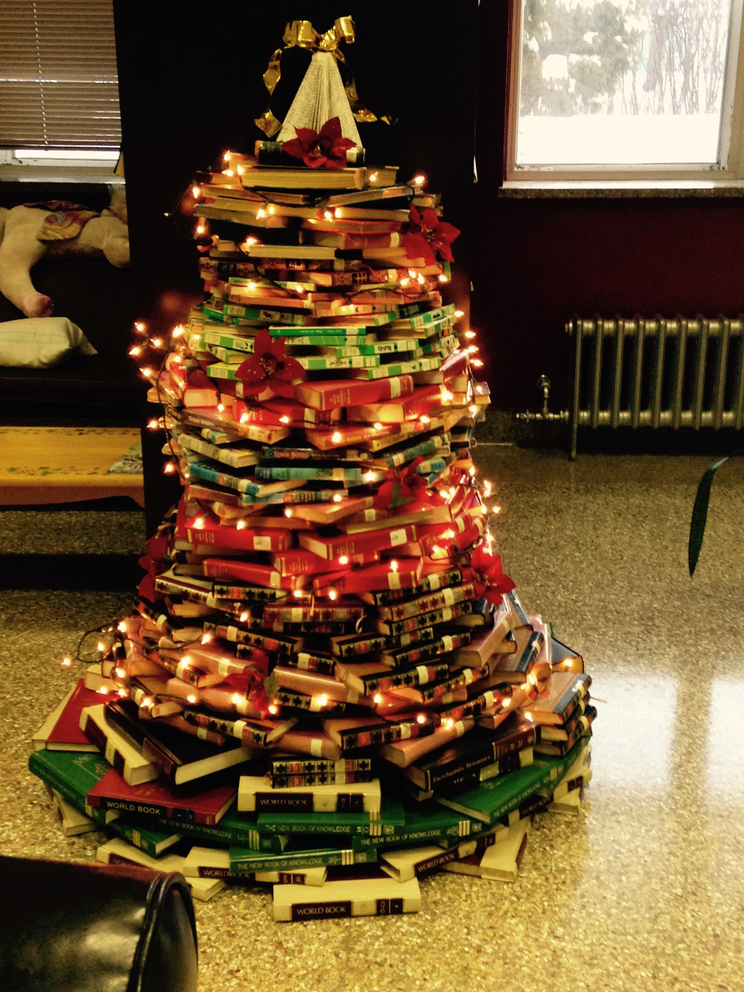 I finally tried constructing a book tree in the library Slightly