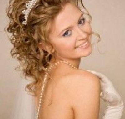 Prom Hairstyles Tiara Hairstyles Ideas For Me Wedding Hairstyles