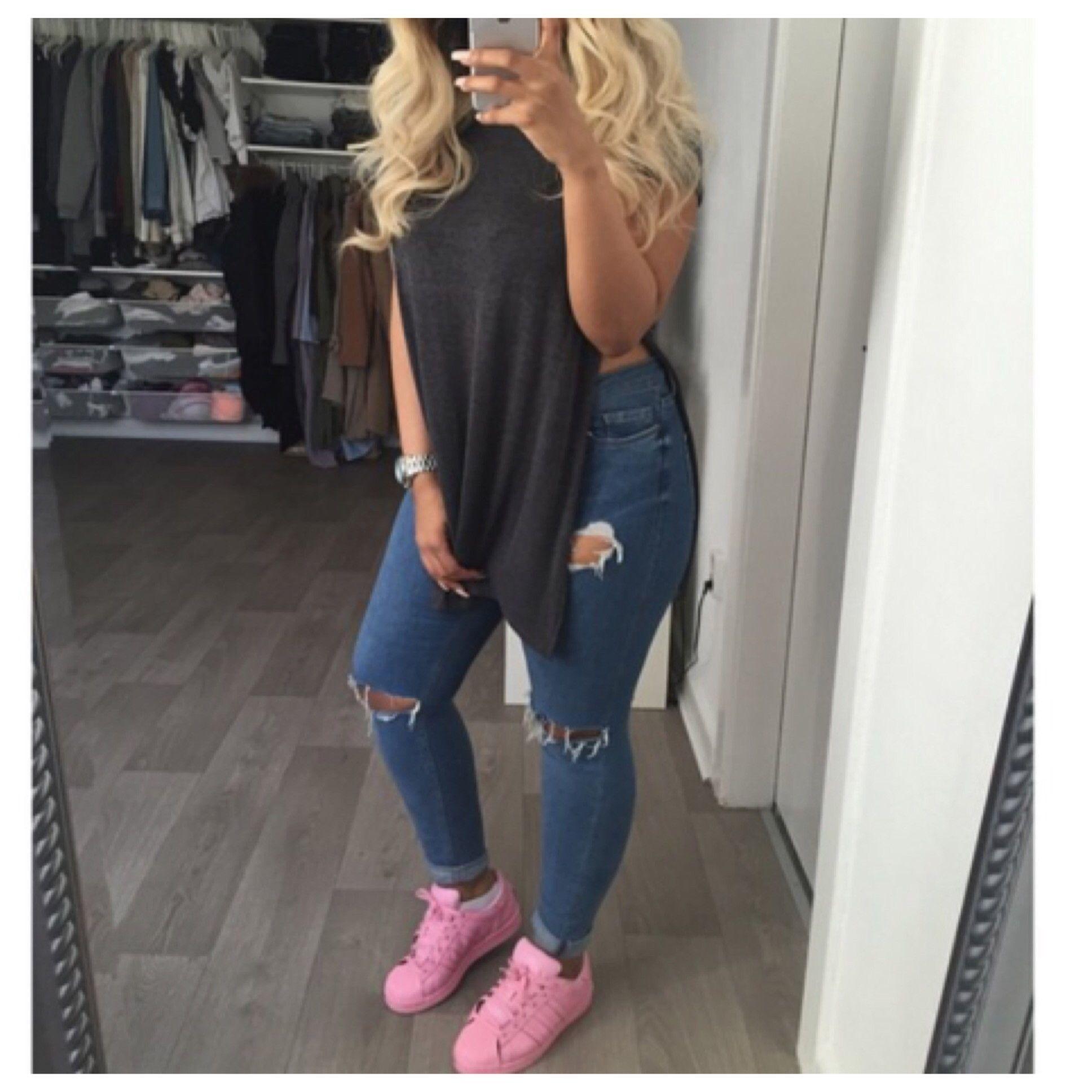 High Side Split TShirt Fashion outfits, Chic outfits